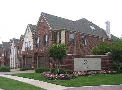 Looking for Townhomes in Dallas and Fort Worth? Apartments Plus will be happy to help.